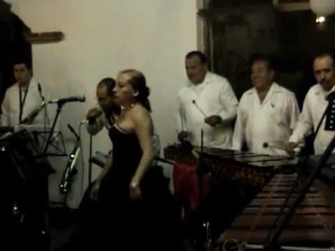 ZAPATEADO MARIMBA CHIAPANECA DE HUBER Y JOSE MORENO