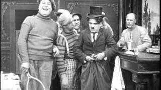 CARLITOS E MABEL SE CASAM - Charles Chaplin
