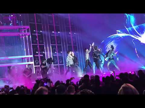 [LIVE] BTS FAKE LOVE FANCAM (FLOOR SEATS) BBMAS BILLBOARD MUSIC AWARDS 2018