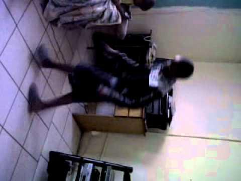 a stupid boy trying 2 dance like a skhothane - YouTube