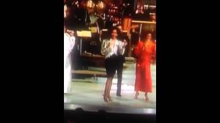 "Diana Ross closes out ""Motown 25"""
