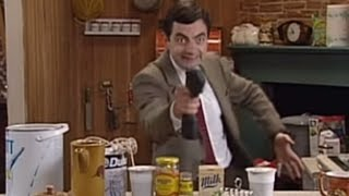 Mr. Bean beim Heimwerken