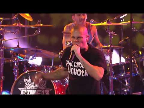 Calle 13 - El Baile de los pobres Live at Jimmy Kimmel show 720p
