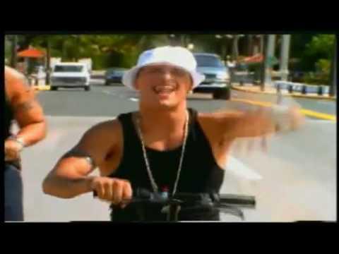Nicky Jam Ft. Daddy Yankee - En La Cama [Haciendo Escante] Official Video