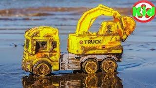 Đào cát tìm xe ô tô trên bãi biển - đồ chơi trẻ em H837A Kid Studio