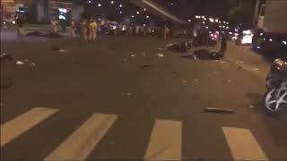 Hiện trường ôtô điên gây tai nạn tại Hàng Xanh, Quận Bình Giạng, Sài Gòn