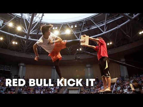One-on-One Tricking Battle - Red Bull Kick It 2014