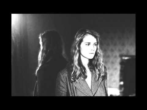 Marika Hackman - O' Come, O' Come, Emmanuel