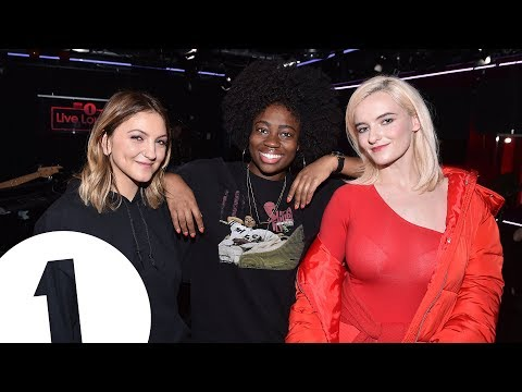 Clean Bandit - I Miss You feat. Julia Michaels in the Radio 1 Live Lounge