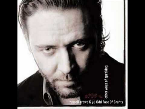 All The White Circles - Russell Crowe & 30 Odd Foot of Grunts [HD]