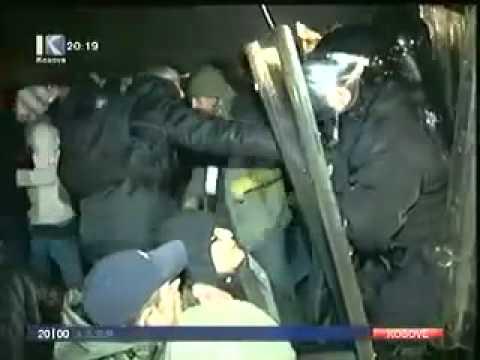 001 Policia e Kosoves me sjellje Barbare 14.01.2012
