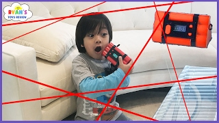 Spy Kid Laser in the House Chrono Bomb Game! Family Fun Activities for Kids with Ryan ToysReview! - YouTube