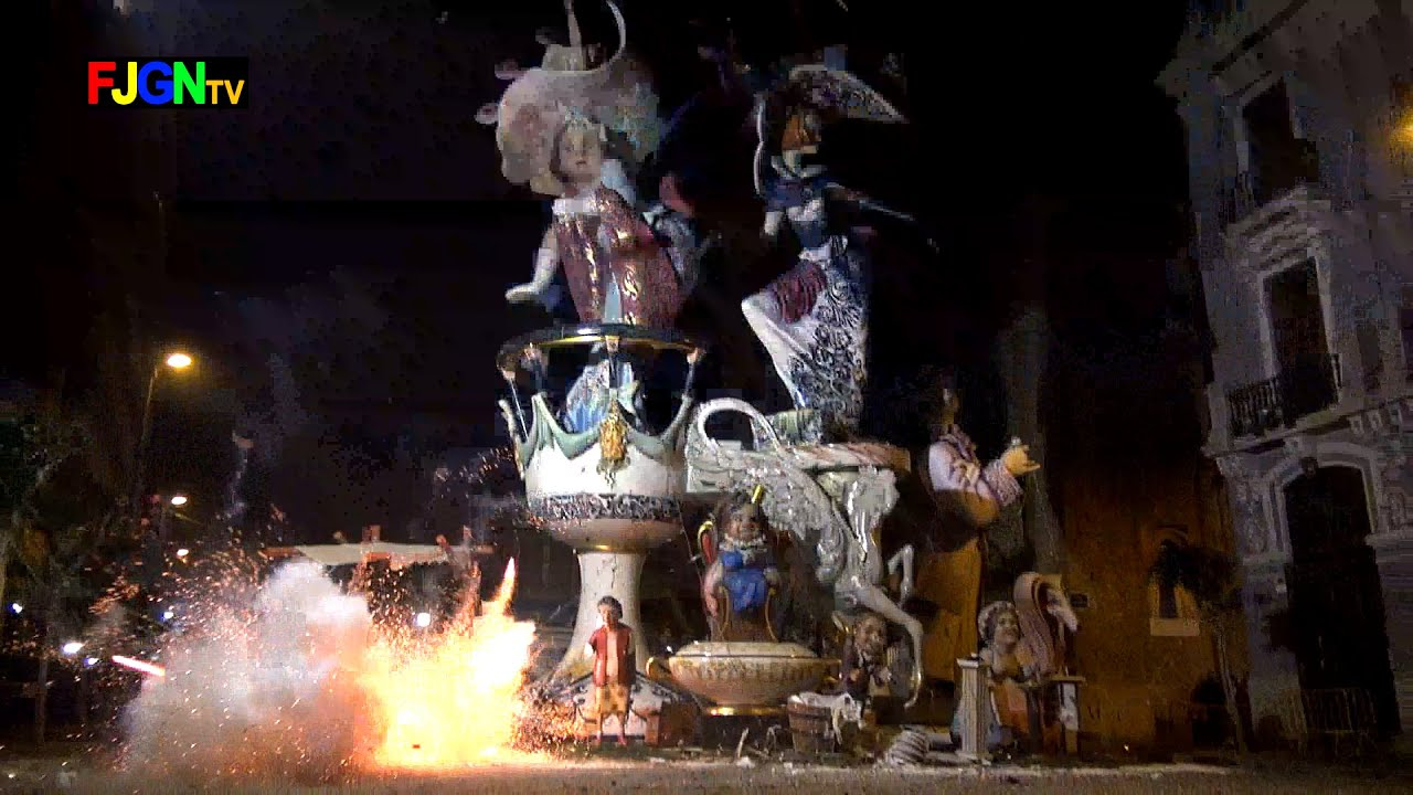 Crema Fallas 2015 - Falla Club 53 - Burriana