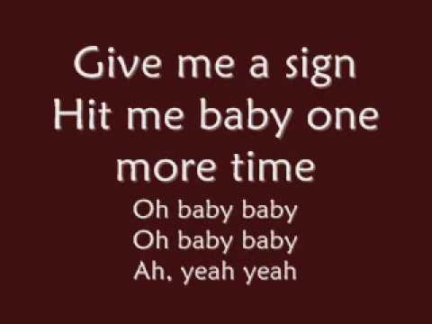Britney Spears-Baby one more time lyrics