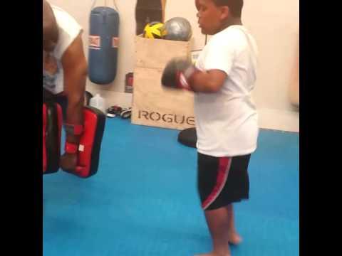 Nak Muay training