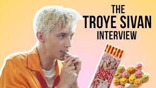Troye Sivan Tries Choki Choki For The First Time