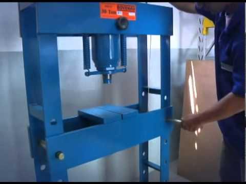 Prensa Hidráulica 15 Toneladas P15000 Bovenau - Vídeo explicativo