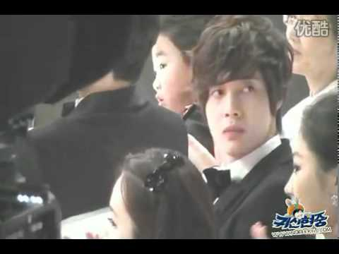 Kim Hyun Joong and Jung So Min at 2010 MBC Drama Awards