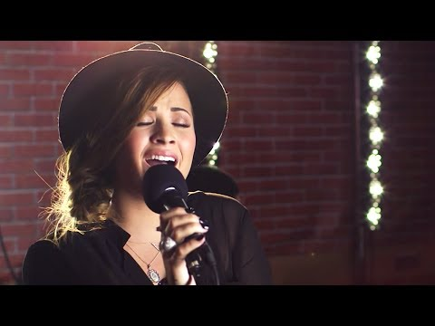 Baixar Demi Lovato - Heart Attack (Capital FM Session)