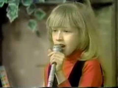 sunday kind of love - christina aguilera - 1988