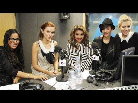 Baixar The Saturdays & Sean Paul FAIL at KISS FM (UK)