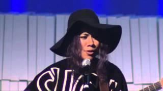 Fatai - singing live at Melbourne's festival21