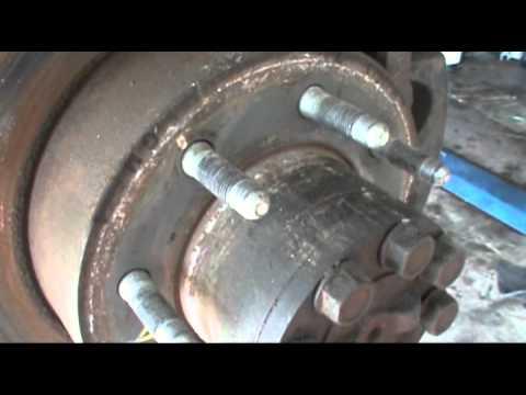 Axel Seal Leak Chevy 2500 Hd Youtube