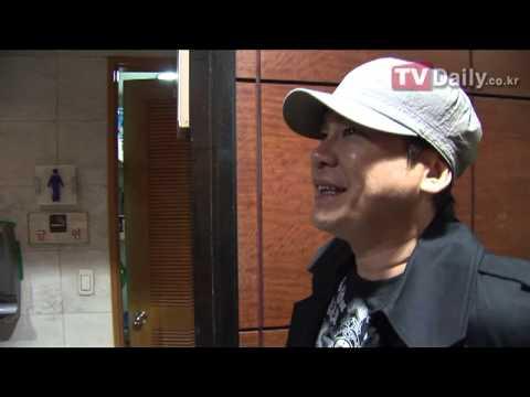[티브이데일리] 이주노 결혼식 참석한 양현석(YG)