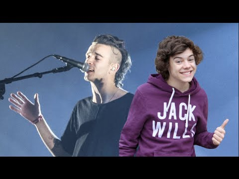 Harry Styles Pranked By 'The 1975'!  (FUNNY VIDEO)