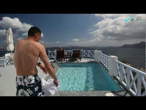 Romantic vacation in Santorini - Armeni Hotel (by Greeka)