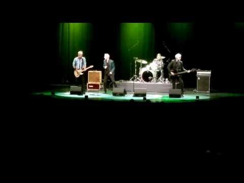 Dr. Feelgood - She does it right LIVE @ Lahti Finland Sibeliushall 15.8.2013