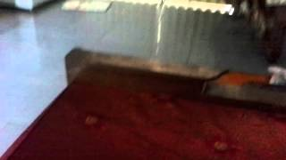 Thanh niên nổ banh nhà lầu