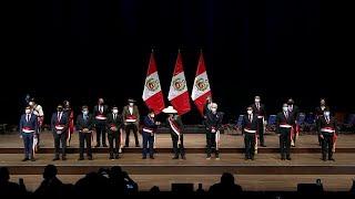Gobierno de Perú toma posesión entre discrepancias por nombramiento del primer ministro