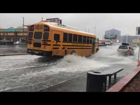 Un nubifragio inonda Las Vegas