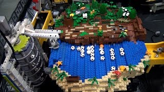 World's longest LEGO great ball contraption / Rube Goldberg – Brickworld Chicago 2015