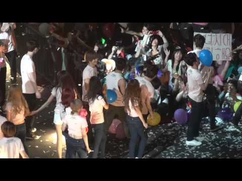 [FANCAM] SMTOWN 2012 Finale - Los Angeles/Anaheim