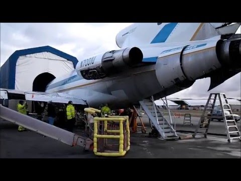 Engine Running on First Boeing 727
