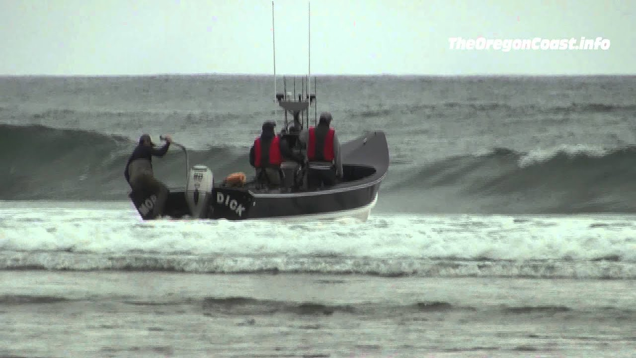 Dory boat launch in Pacific City, Oregon - YouTube