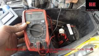 Kiểm tra cuộn kick xe máy  bằng bút đo xung