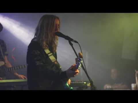 The Japanese House - Cool Blue (Live at the Riot Room)