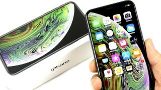 iPhone XS Unboxing and Size Comparison!