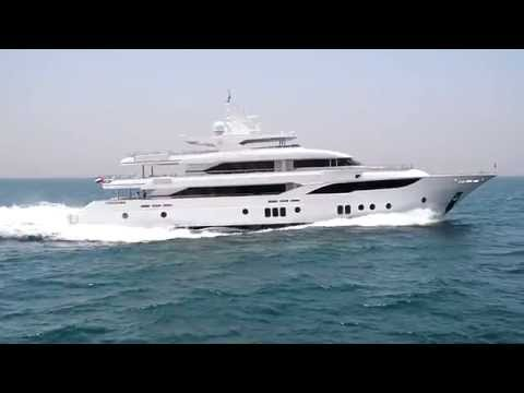 Majesty 155 Launch and First Sea Trial