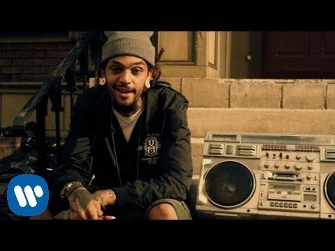 Gym Class Heroes: Stereo Hearts ft. Adam Levine [OFFICIAL VIDEO]