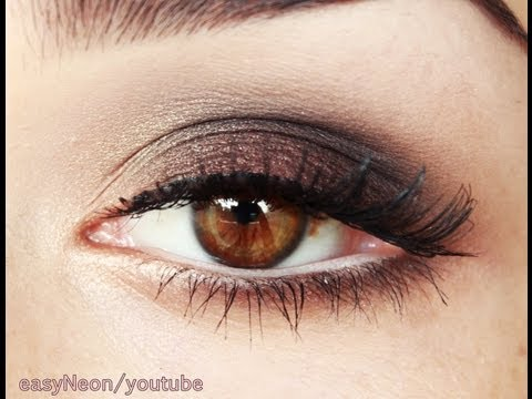 Un smoky eyes brun plutôt facile