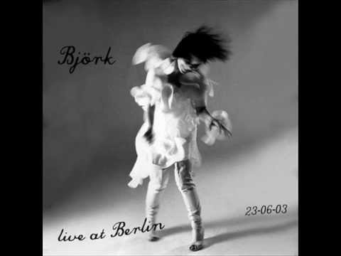 Björk - An Echo, a Stain (live at the Treptow Arena, Berlin)
