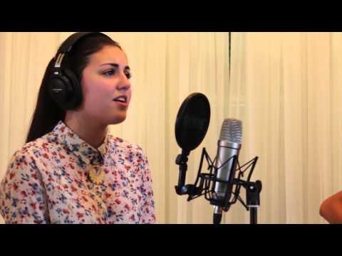Baixar What are words - Cláudia Castanho (Chris Medina Cover)
