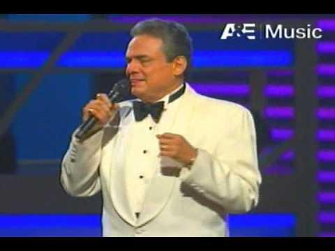 JOSE JOSE Poema al CANTANTE  (HQ) y canta SERE