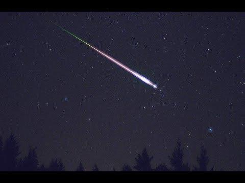 mưa sao băng ấn tượng nhất rạng sáng 13/8/2017- one of the year's best shooting star displays
