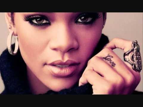 Baixar Rihanna Russian Roulette - Male Version