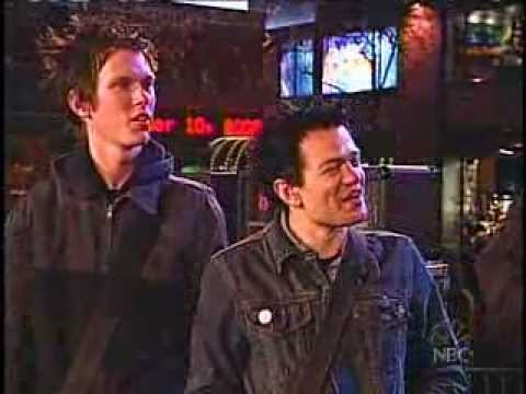 Baixar Sum 41 - Fat Lip (Live Last Call with Carson Daly)